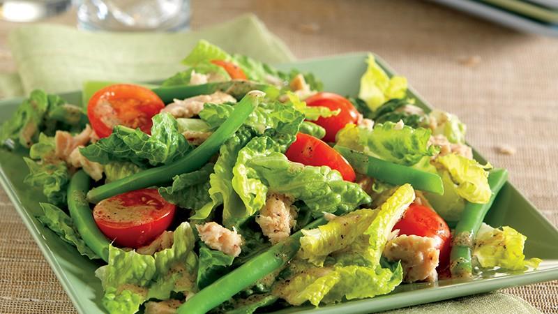 Main-Dish Mediterranean Salad